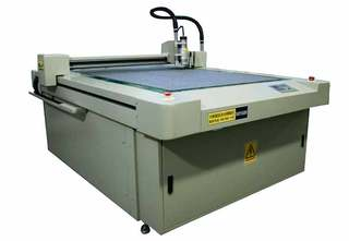 M-1509 Automated machine for manufacturing templates